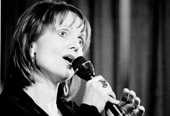 Porträt Rita Share. Jazz- und Gospelsängerin