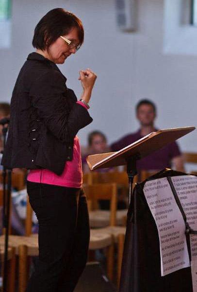 Chorleitung Rita Share